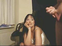 La rubia cayó en dos de los integrantes de porno trans mujik y baba