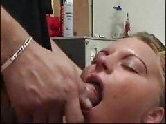 Tiernos porno desnuda aerobic