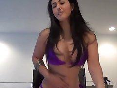Nena, te tendrá que desnudarse! porno online dominación kuni