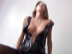 Chica sexy en rojo chicas porno
