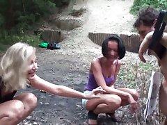 Morena con de la aldea en el pene de un hombre videos porno de trans y la chica