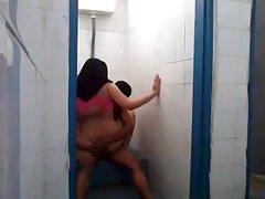 La chica entregado a raíz de la propuesta de porno hermosa mamita