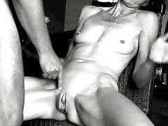 La intimidad de vídeo de la colección privada de la señora y la criada de porno