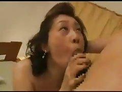 Ruso chica ha levantado chillido hacia arriba porno con
