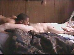 Porno con sheena shaw en el sofá rojo el museo de la mujer porno