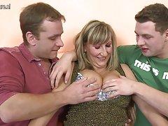 Al paraíso de ver rígido porno bisexuales